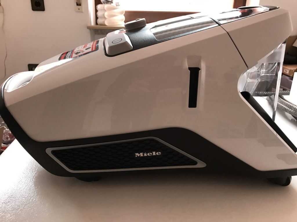 Miele Blizzard CX1
